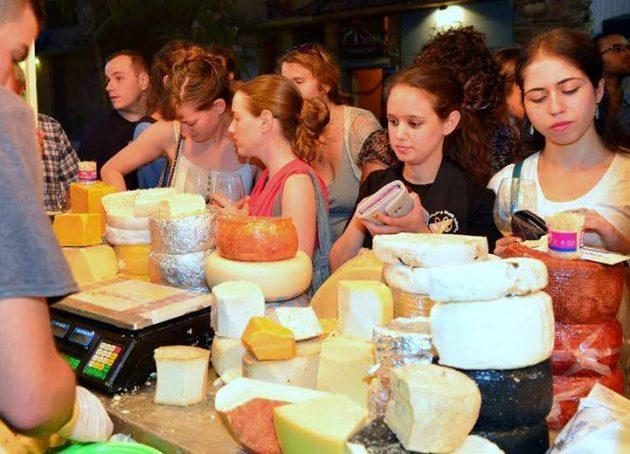 Приглашаем на экскурсию «Розы, сыр и шоколад…»