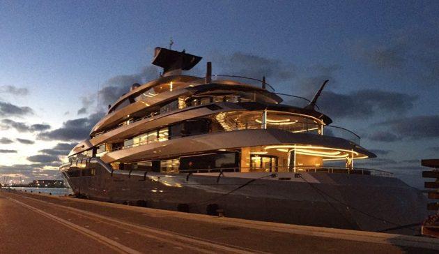 Фешенебельная яхта британского миллиардера: временная достопримечательность Хайфы