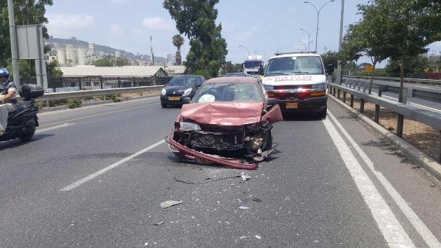 ДТП на окраине Хайфы: столкнулись 3 автомобиля