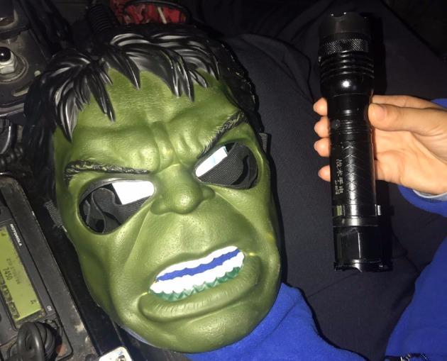 Новое явление: задержан подросток в устрашающей маске с шокером