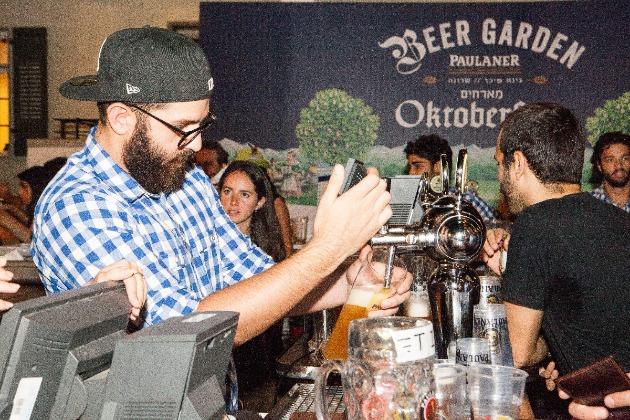 В Хайфе проходит Фестиваль пива «Октоберфест». Вход свободный