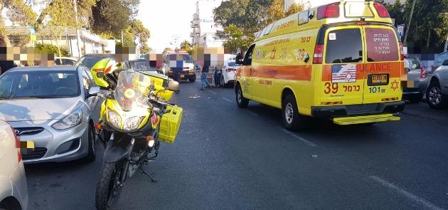 Проезжавший автомобиль сбил школьника