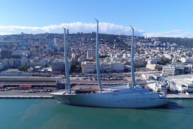 В Хайфский порт вошла самая крупная яхта в мире (видео)