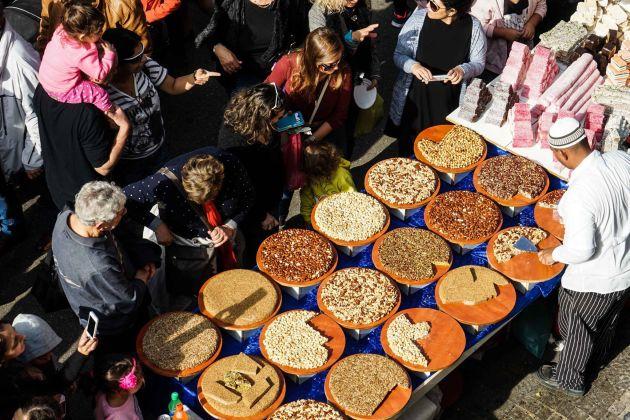 Фестиваль «Праздник праздников»: концерты, ярмарки, творческие встречи, шествие санта-клаусов…