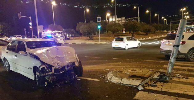 Авария возле Кармельского туннеля: четверо пострадавших