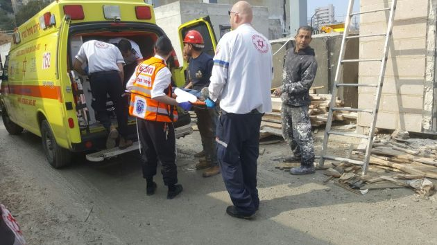 Происшествие в Нижнем городе: электрокар сбил рабочего