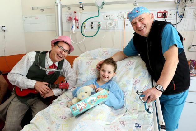 Хайфские врачи совершили чудо: 7-летняя девочка из Англии сможет полноценно передвигаться!