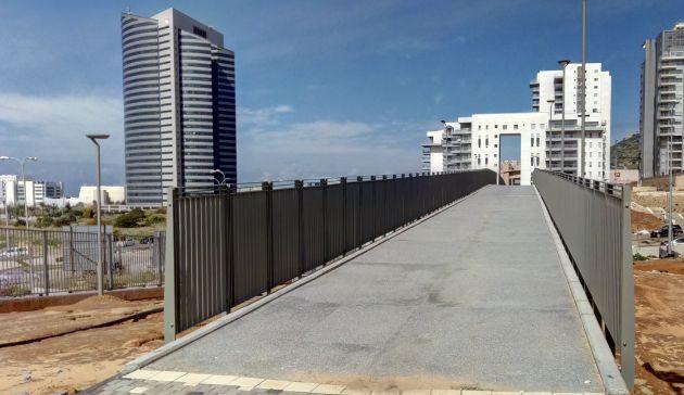 В Хайфе открыт 180-метровый мост со смотровой площадкой