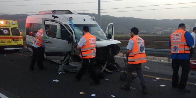 Авария на въезде в Кармельский туннель: пятеро пострадавших