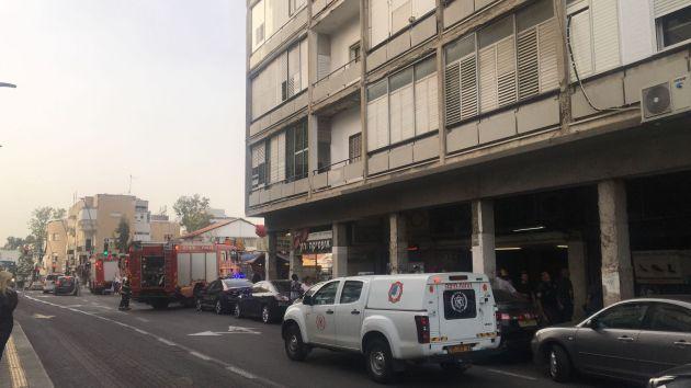 Пожар на Адаре: в горящей квартире оказались двое детей