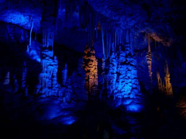 Приглашаем на экскурсию «Сталактитовая пещера и пассифлора»