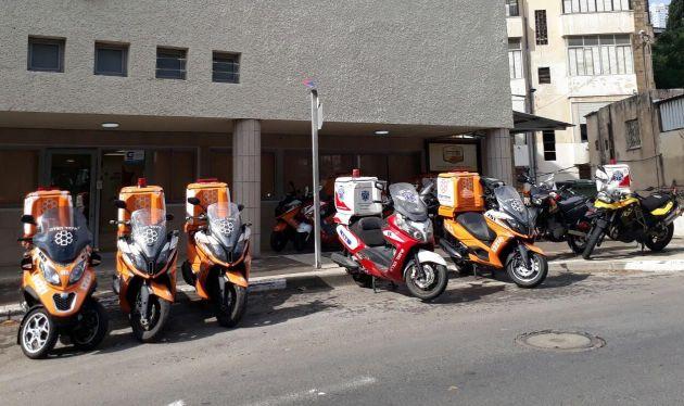 Десятки мотороллеров «Службы спасения» на улицах Хайфы-без паники!