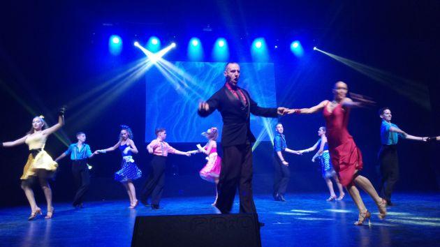 Танцевальный бал студии «Гармонии»-достойный финал года