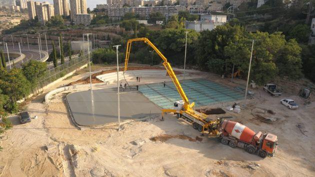 В Неве-Шаанане завершается строительство многопрофильного спорткомплекса