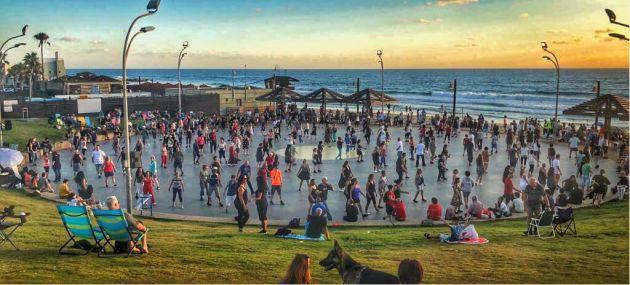 Площадка для массовых танцев обновлена и открыта. Приходите танцевать! Вход свободный