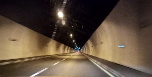Кармельский туннель закрыт из-за столкновения трёх автомобилей
