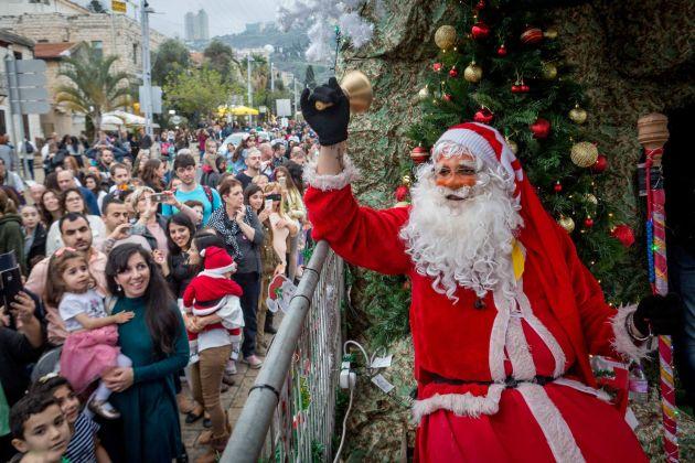 Декабрь в Хайфе: фестивали, выставки, зимний заплыв