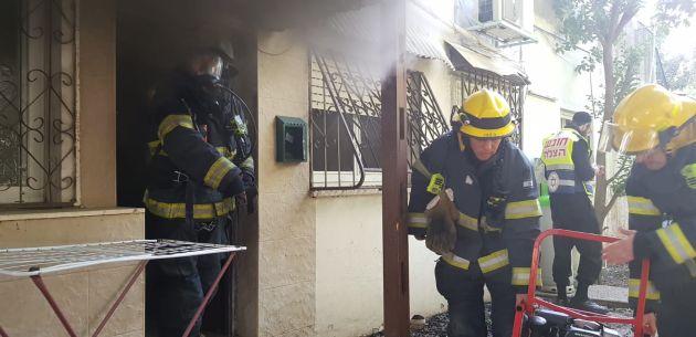 Пожар в Неве-Шаанане: спасена собака