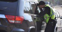 Грабитель-неудачник - попытался обчистить автомобиль... полиции